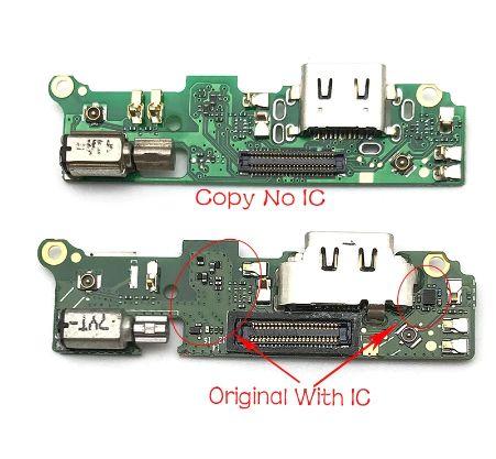 Dobíjecí konektor + mikrofon na desce pro Sony Xperia XA2
